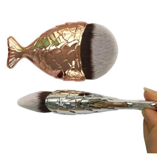 Foundation-Brush-fishtail